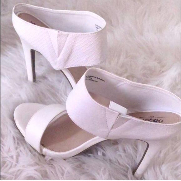 70ffd2a0600 Shoes - Trade for Angela💕White gorgeous heels